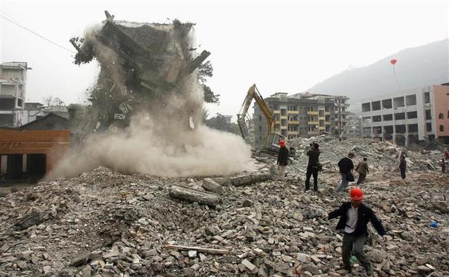 Ảnh độc thời dốc cạn sức xây đập Tam Hiệp Trung Quốc muốn giấu cả thế giới - Ảnh 2.