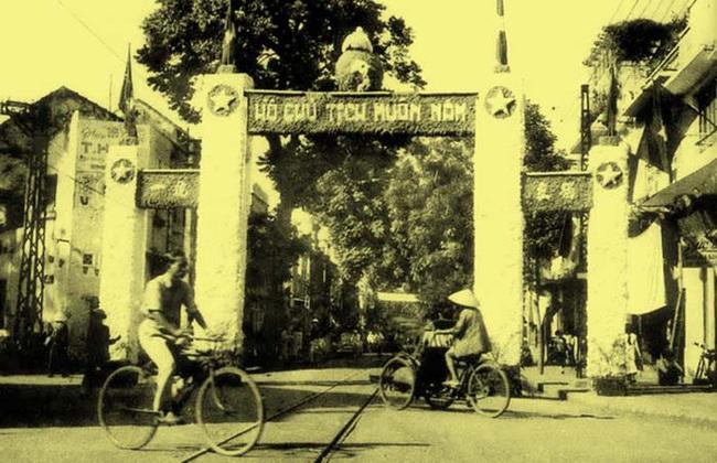 Chùm ảnh cực giá trị Hà Nội những ngày đầu giải phóng - Ảnh 4.