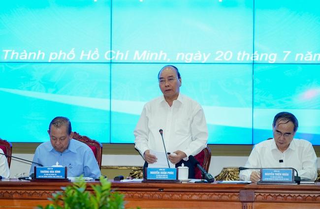 Thủ tướng Nguyễn Xuân Phúc kỳ vọng TP.HCM đạt mức tăng trưởng gấp 1,3 lần - Ảnh 1.