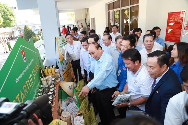 Chuẩn bị Hội nghị Thủ tướng đối thoại với nông dân lần thứ 3: 1.500 câu hỏi của nông dân chờ Thủ tướng giải đáp - Ảnh 1.