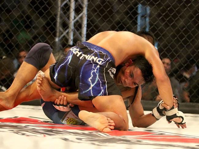 MMA - võ đài hung bạo (Kỳ 1):Những trận chiến kinh hoàng - Ảnh 1.