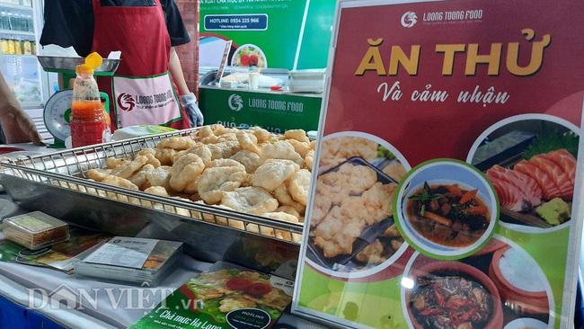 Lễ hội Ẩm thực Quảng Ninh thu hút hàng nghìn khách ngay ngày khai mạc  - Ảnh 3.