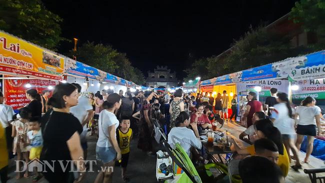 Lễ hội Ẩm thực Quảng Ninh thu hút hàng nghìn khách ngay ngày khai mạc  - Ảnh 5.