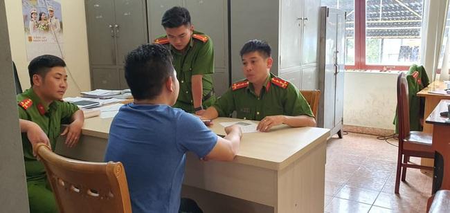 Công an Đà Lạt lại bắt hàng trăm thùng dâu tây nhập từ Trung Quốc, đã 22 ngày vẫn tươi ngon - Ảnh 4.