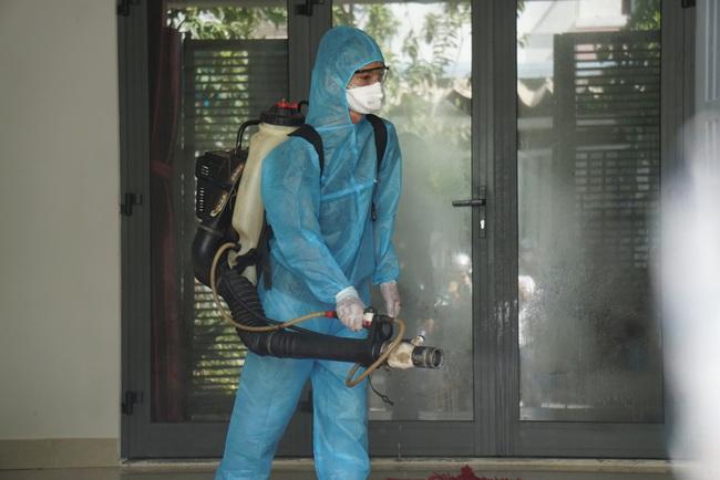 Chủ tịch Huỳnh Đức Thơ chỉ đạo xử lý tin đồn thất thiệt về ca nghi nhiễm Covid-19 - Ảnh 1.