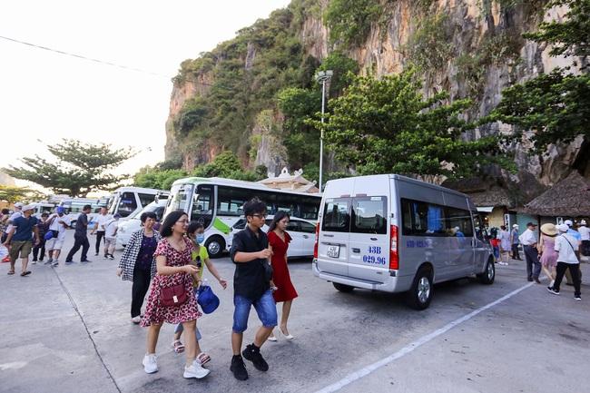 Đà Nẵng tạm dừng đón khách du lịch trong vòng 14 ngày - Ảnh 2.