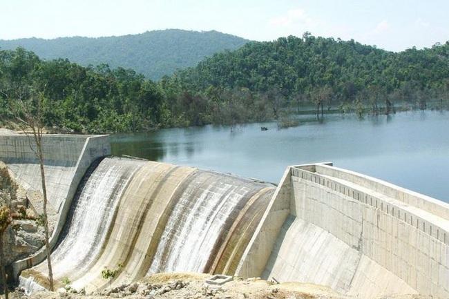 Miễn thu tiền cấp quyền khai thác tài nguyên nước: Ai được hưởng lợi? - Ảnh 1.