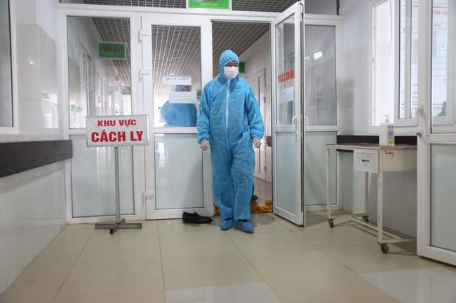 Cách ly hàng chục người liên quan đến nữ bệnh nhân nhiễm Covid-19 tại Đắk Lắk - Ảnh 1.