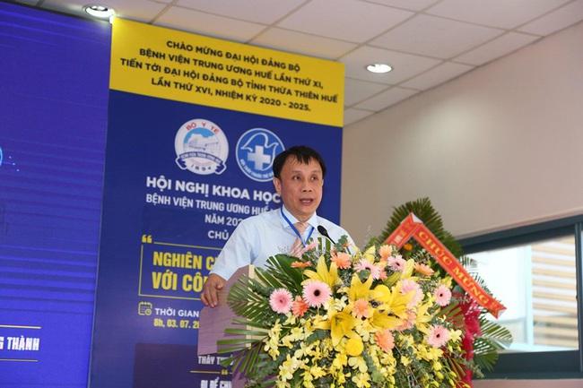 Hơn 500 đại biểu dự Hội nghị khoa học trẻ Bệnh viện T.Ư Huế mở rộng - Ảnh 2.