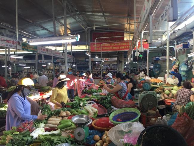 Đà Nẵng: Hàng hóa dồi dào, người dân không nên tích trữ - Ảnh 3.