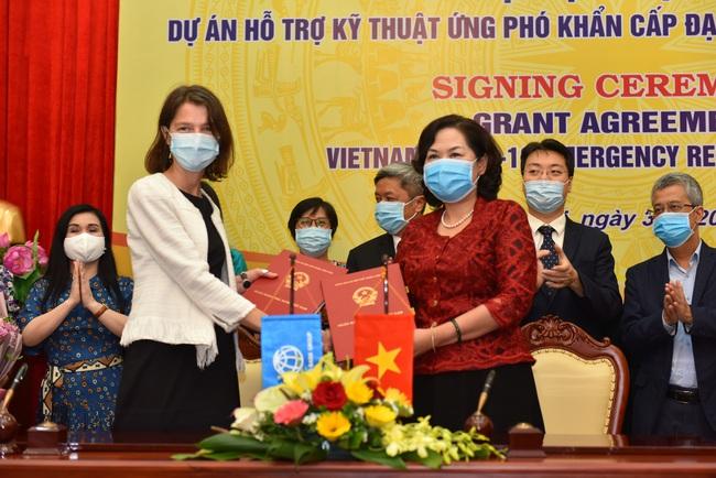 Ngân hàng Thế giới hỗ trợ không hoàn lại hơn 6,2 triệu USD giúp Việt Nam ứng phó với Covid-19 - Ảnh 1.