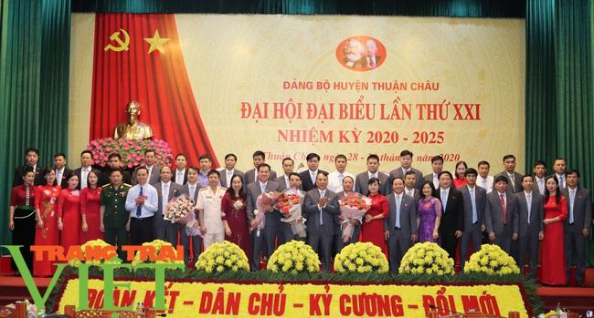Ông Nguyễn Minh Tiến tái đắc cử Bí thư Huyện uỷ Thuận Châu - Ảnh 5.