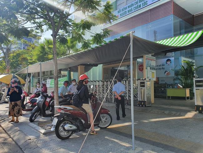 Đà Nẵng: Thêm 1 bệnh viện dừng đón bệnh nhân vì có ca nghi nhiễm Covid-19 - Ảnh 2.