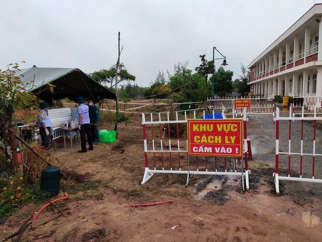Quảng Nam: Hội Nông dân thị xã Điện Bàn tiếp sức cho các chiến sĩ tuyến đầu phòng chống dịch Covid-19 - Ảnh 3.
