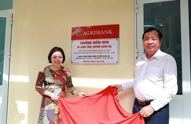 Khánh thành các công trình chào mừng Đại hội Đảng bộ Agribank lần thứ X, nhiệm kỳ 2020 - 2025 - Ảnh 2.