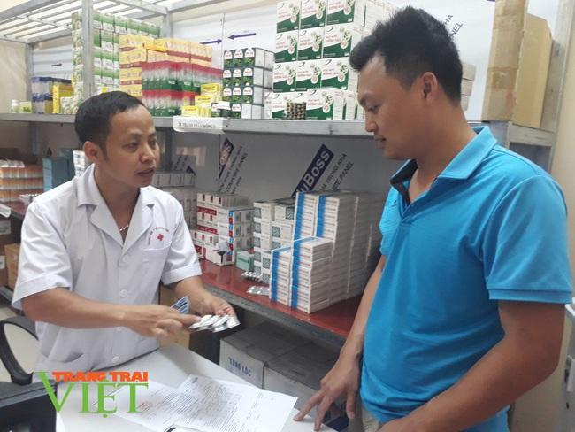 TTYT Tân Uyên: Chú trọng nâng cao chất lượng khám chữa bệnh - Ảnh 4.