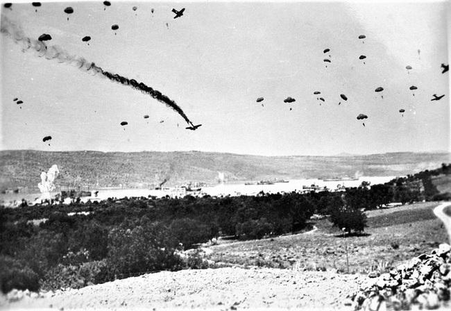 Chiến dịch đổ bộ đường không vô tác dụng nhất trong lịch sử chiến tranh - Ảnh 2.