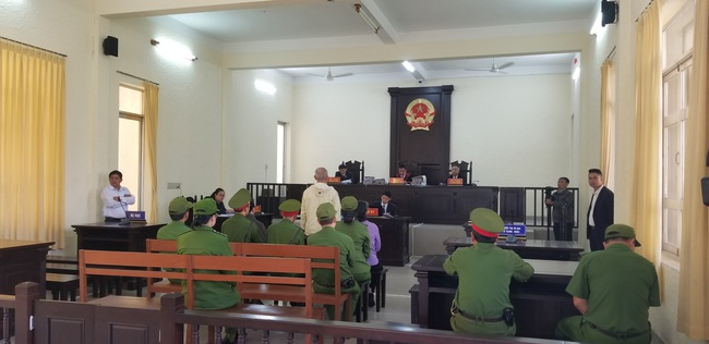Tuyên truyền nhằm lật đổ chính quyền 3 bị cáo lãnh án 19 năm tù giam - Ảnh 2.
