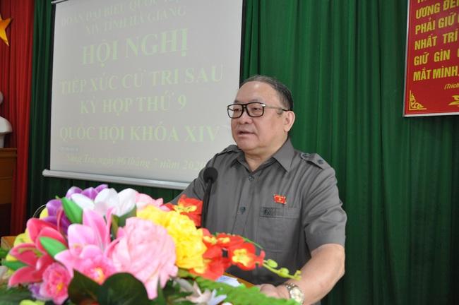Chủ tịch Hội ND Việt Năm thăm trại bò vàng trăm triệu ở huyện nhiều đá nhất Việt Nam - Ảnh 3.