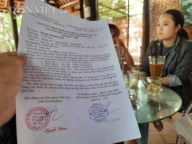 Giấy xác nhận hoàn thành 3 năm tình nguyện dạy học ở Lào của Phạm Minh Hạnh.