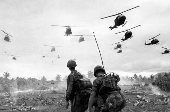 Vì sao trực thăng Mỹ lại mong manh, yếu ớt ở chiến trường Việt Nam? - Ảnh 6.