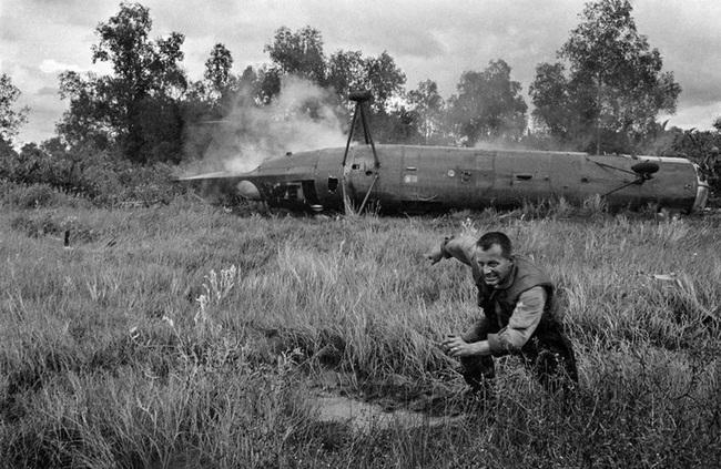 Vì sao trực thăng Mỹ lại mong manh, yếu ớt ở chiến trường Việt Nam? - Ảnh 8.