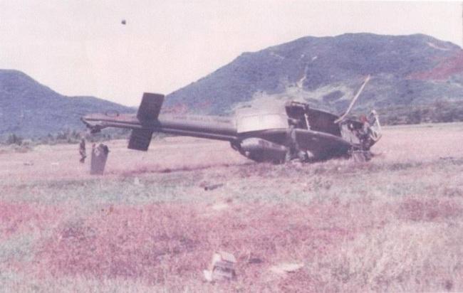 Vì sao trực thăng Mỹ lại mong manh, yếu ớt ở chiến trường Việt Nam? - Ảnh 14.