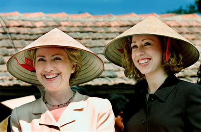 Những hình ảnh lịch sử 25 năm quan hệ Việt – Mỹ - Ảnh 7.