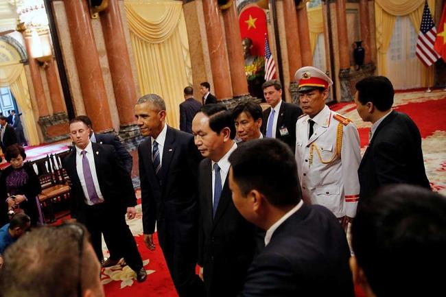 Những hình ảnh lịch sử 25 năm quan hệ Việt – Mỹ - Ảnh 16.