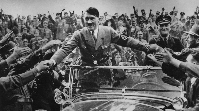 """Ngoài người Do Thái, Hitler muốn """"đuổi cùng giết tận"""" nhóm người nào? - Ảnh 10."""
