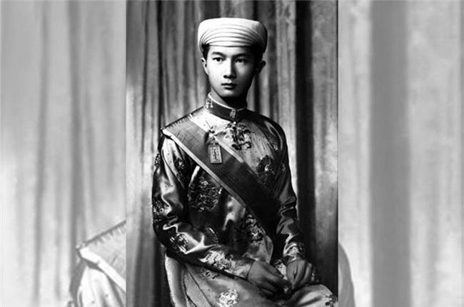 """Bất ngờ thần thái """"ngút trời"""" của Thái tử cuối cùng triều Nguyễn - Ảnh 9."""