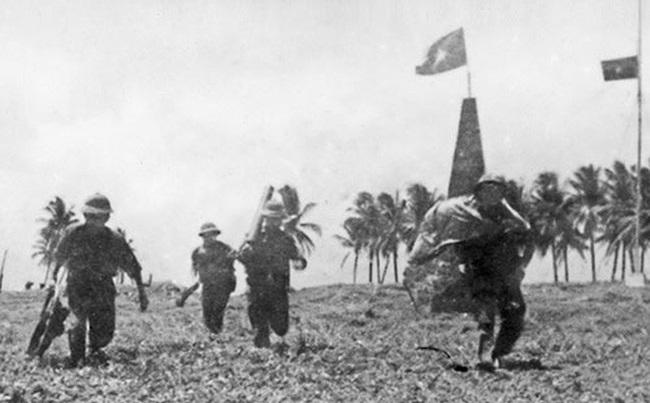 Hải quân Việt Nam giải phóng hàng loạt hòn đảo trong chiến dịch Hồ Chí Minh - Ảnh 1.