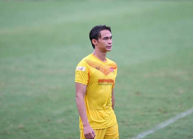 Tieu Exal: Tu nghiệp tại Hạng Nhất để tìm kiếm cơ hội trên đội tuyển - Ảnh 2.