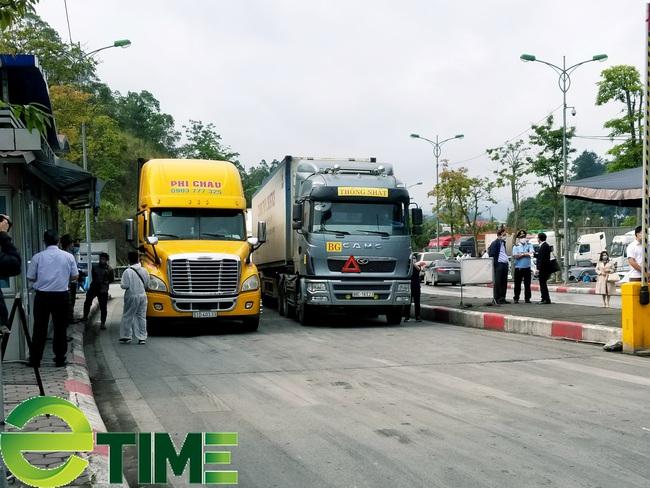 Lạng Sơn: Khôi phục chốt kiểm dịch dã chiến và duy trì Đội lái xe chuyên trách tại cửa khẩu  - Ảnh 1.