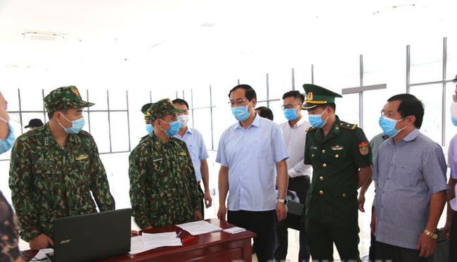 Lạng Sơn: Khôi phục chốt kiểm dịch dã chiến và duy trì Đội lái xe chuyên trách tại cửa khẩu  - Ảnh 2.