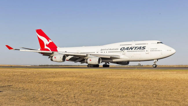 Tin công nghệ (12/8): Khó tin máy bay Boeing 747 phải dùng đĩa cổ 50 năm trước - Ảnh 1.