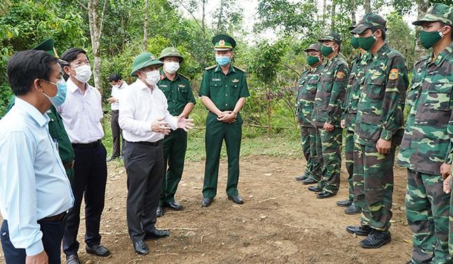 Chủ tịch TT-Huế lo ngại tình trạng người vào tỉnh trốn chốt kiểm soát y tế   - Ảnh 1.