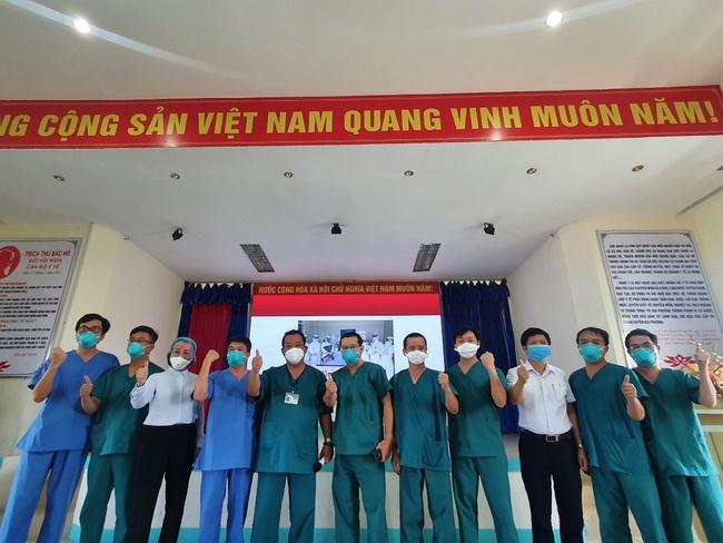 Cứu sống ngoạn mục bệnh nhân mắc Covid-19 tại Đà Nẵng - Ảnh 5.
