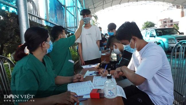 Quảng Ninh tái lập chốt kiểm soát người từ vùng dịch Covid-19   - Ảnh 4.