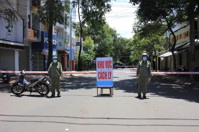 Dịch chồng dịch, Đắk Lắk kêu gọi giảng viên, sinh viên ngành Y tham gia chống dịch Covid-19 - Ảnh 1.