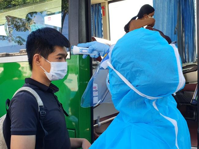 Đà Nẵng đề nghị mở các chuyến bay đưa 600 người về TP.HCM - Ảnh 2.