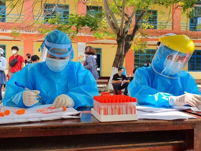 Kết quả xét nghiệm SARS-CoV-2 toàn bộ người nước ngoài tại Đà Nẵng - Ảnh 2.