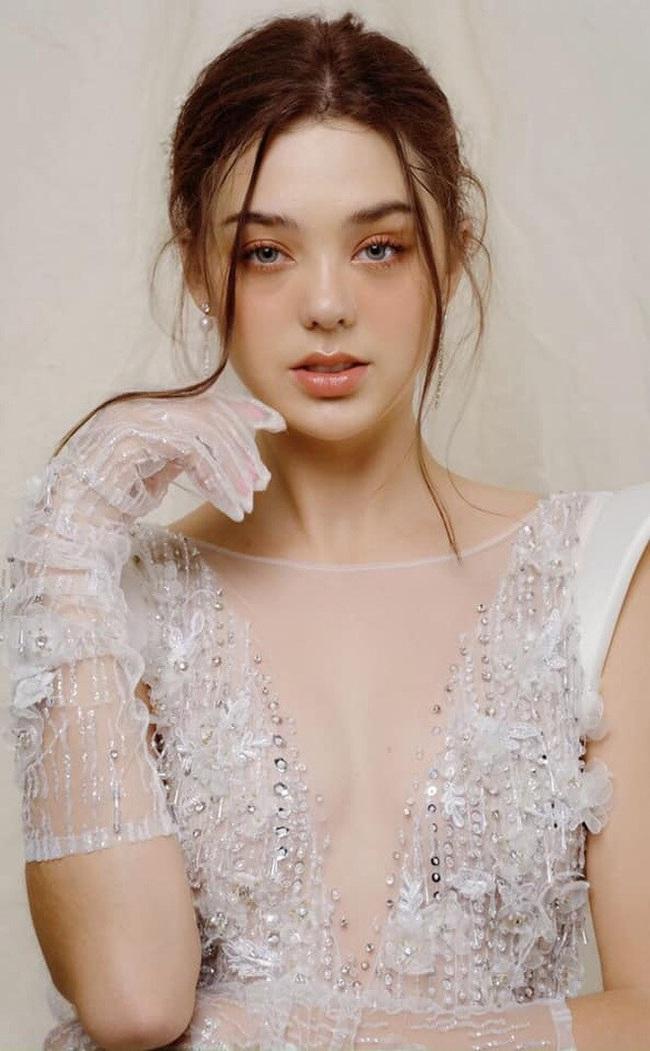 Người mẫu Ukraine xinh như thiên thần xác nhận hẹn hò với Bùi Tiến Dũng - Ảnh 12.