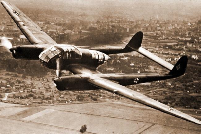 Chết ngất với ý tưởng thiết kế máy bay trong CTTG 2 - Ảnh 2.