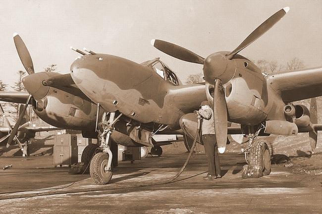 Chết ngất với ý tưởng thiết kế máy bay trong CTTG 2 - Ảnh 9.