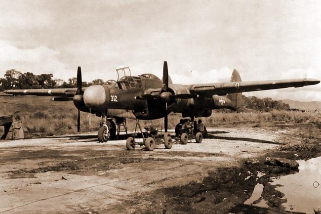 Chết ngất với ý tưởng thiết kế máy bay trong CTTG 2 - Ảnh 12.