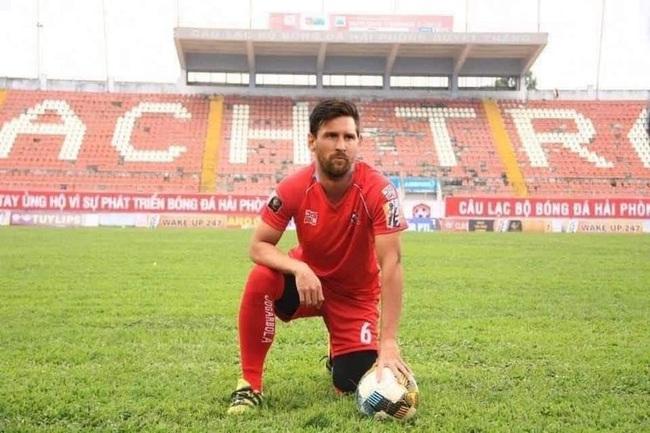 """ẢNH CHẾ: Rời Barcelona, Messi sang Việt Nam """"khuấy đảo"""" V.League - Ảnh 5."""