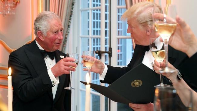 Bật mí lý do ông Trump quyết cả đời không đụng vào rượu - Ảnh 2.