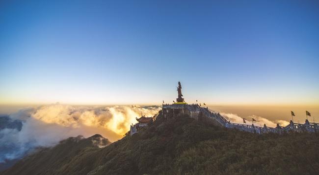 Bình yên mùa Vu Lan trên đỉnh thiêng Fansipan - Ảnh 6.
