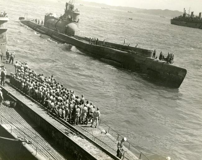 """Tham vọng sở hữu tàu sân bay """"lai"""" tàu ngầm của Nhật Bản (Kỳ 1) - Ảnh 2."""